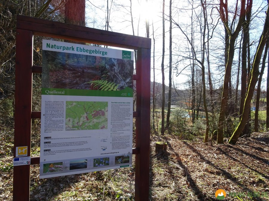 Auf-den-Hoehen-des-Ebbegebirge-01
