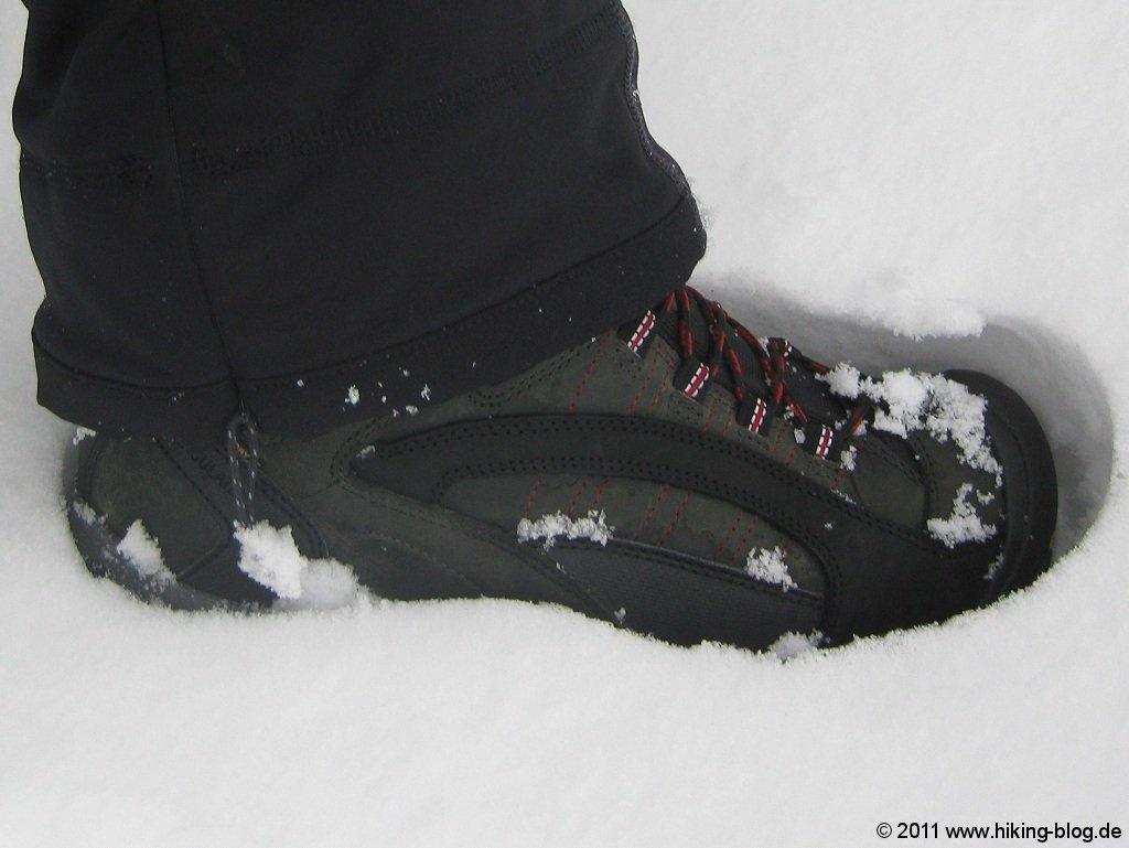 dc66ae0818053a Während es in den Alpen unaufhörlich geschneit hat und es dort zu viel  Schnee gab