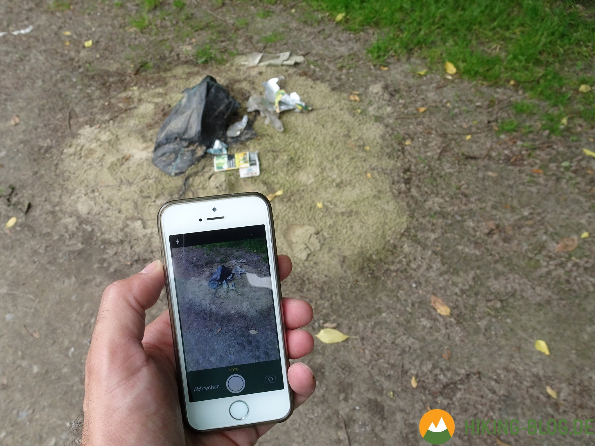 Mit der App Dreckpetze illegal entsorgten Müll in Dortmund fotografieren und melden